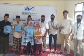WOM Finance Sumbang Alquran untuk Pesantren di Kuningan