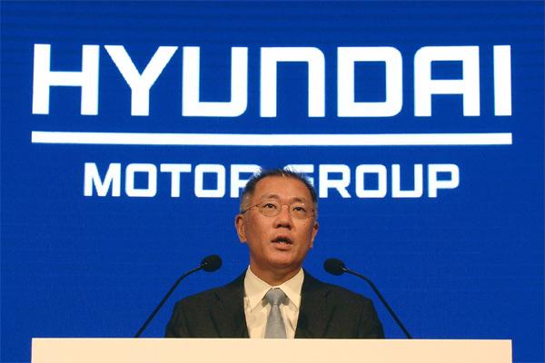 Executive Vice Chairman Euisun Chung.  - HYUNDAI