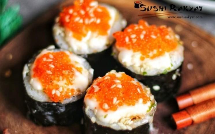 Kedai Sushi Rakyat menggunakan platform belanja online untuk memasarkan produknya. - Instagram