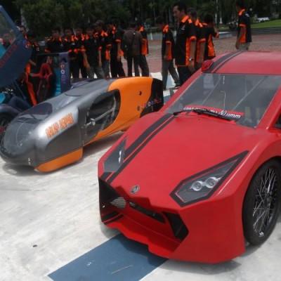 Mobil Listrik Indonesia Dilema Aturan Dan Permintaan Otomotif Bisnis Com