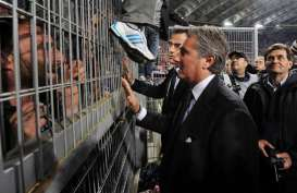 Direktur Fiorentina Daniele Prade Positif Covid-19