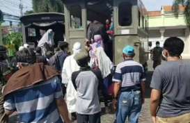 Surabaya Terapkan Strategi Sarang Tawon dan Tes Massal Corona di Pasar Tradisional