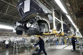 Output Industri China Meningkat, Konsumen Masih Waspada