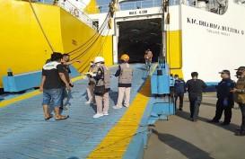 181 Tenaga Kerja Indonesia dari Malaysia Tiba di Pelabuhan Tanjung Emas