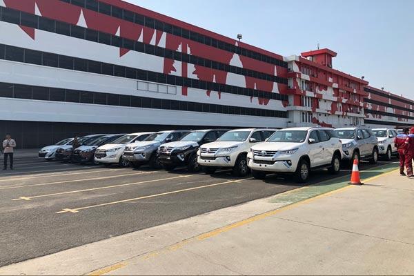 Deretan mobil Toyota siap dikapalkan di pelabuhan di Tanjung Priok Car Terminal. - TMMIN