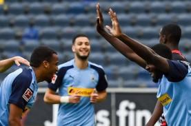 Hasil Bundesliga : Gladbach Hajar Frankfurt, Dekati…