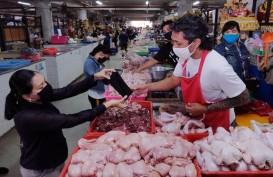 Waduh, Puluhan Pedagang di Dua Pasar Ini Berjualan Tanpa Kenakan Masker