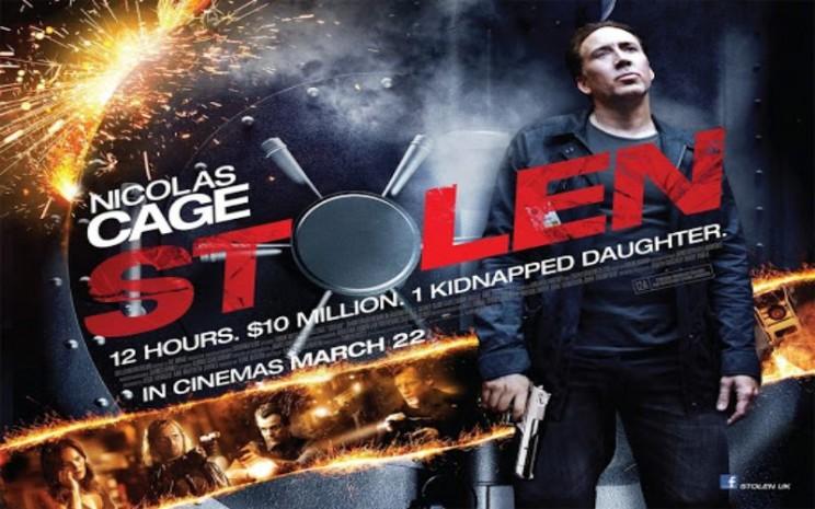 Film Stolen pernah ditayangkan pada 2012. Bercerita tentang Nicolas Cage yang bersiap melakukan perampokan.