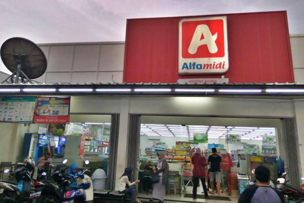 Gerai Alfamidi. - JIBI/Nurul Hidayat