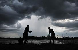 """BMKG Deteksi Bibit Siklon Tropis """"98S"""", Masyarakat Diminta Waspada"""