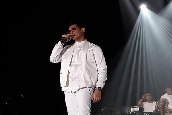 Afgan saat tampil di Java Jazz Festival 2017 - Bisnis.com/Ramdha Mawaddha