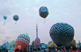 Balon Udara Raksasa Jatuh di Landasan Bandara Ahmad Yani Semarang