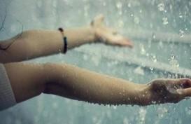 Cuaca Jakarta 25 Mei, Hujan Disertai Kilat dan Angin Kencang Sore Hari