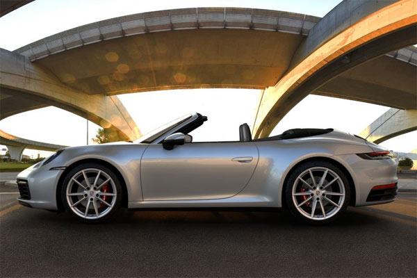 Porsche 911 Carrera S Cabriolet .  - Porsche