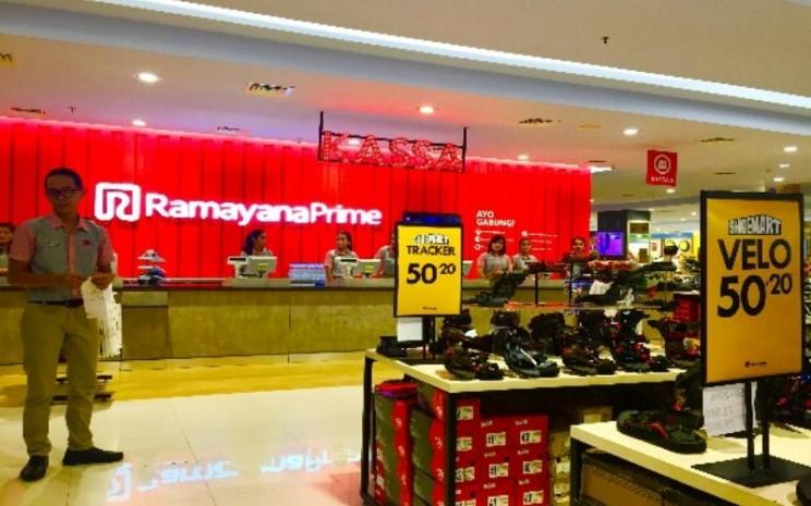 Gerai Ramayana Prime di Cibubur. / Bisnis / Novita Sari Simamora