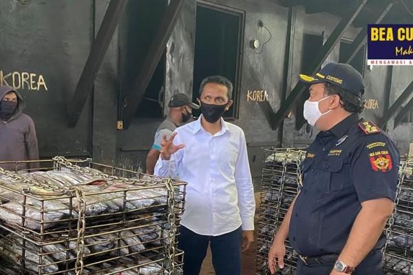 Bea Cukai Maumere Pantau Geliat Ekspor Wilayah Flores di Tengah Pandemi