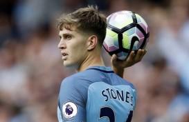 MU Inginkan Kane dan Sancho, Newcastle Bidik Stones dari City