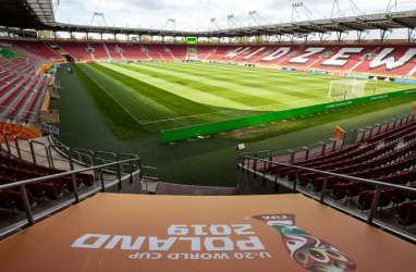 Polandia Perbolehkan Suporter Menonton di Stadion, ini Syaratnya
