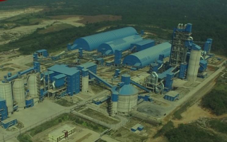 Pabrik Semen Baturaja di Sumatra Selatan. - semenbaturaja.co.id