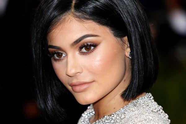 Kylie Jenner tiba di Metropolitan Museum of Art Costume Institute Gala (Met Gala) di Manhattan, New York, AS pada 2016. - Reuters/Eduardo Munoz