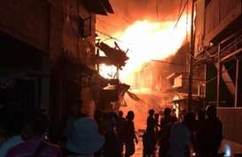 Pertokoan di Jembatan Merah Bogor Kebakaran, 14 Damkar Diturunkan