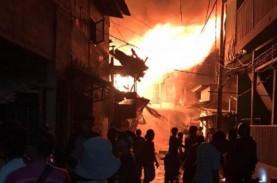 Pertokoan di Jembatan Merah Bogor Kebakaran, 14 Damkar…