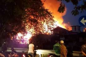 26 Rumah Terbakar di Menteng, Diduga Akibat Korsleting
