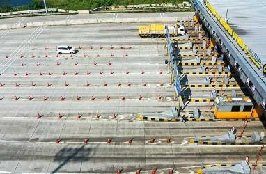Pembongkaran JPO di Tol Jakarta-Cikampek Dilanjutkan Malam Ini