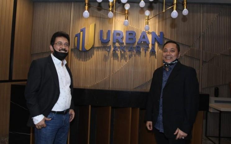 President Direktur Urban Jakarta Propertindo Bambang Sumargono (kiri) dan Direktur Operasional Urban Jakarta Propertindo Firdaus Fahmi. Istimewa