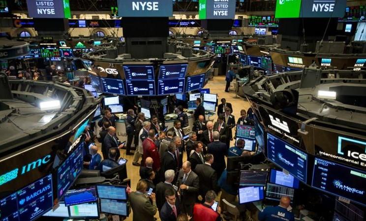 Bursa Pagi: Global-Regional Memerah, IHSG Berisiko Melemah dengan Sinyal Variatif