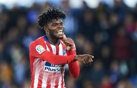 PSG Saingi MU & Arsenal Berburu Gelandang Atletico Thomas Partey