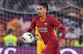 Roma Kontak United, Ingin Perpanjang Peminjaman Chris Smalling