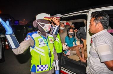 Polisi Tindak Ratusan Travel Gelap Selama Operasi Ketupat Lodaya 2020