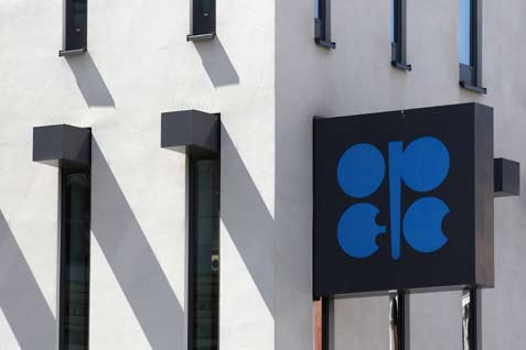 Logo Negara-negara Pengeskpor Minyak (OPEC) di kantor pusat di Vienna, 10 Jun 2014. - reuters