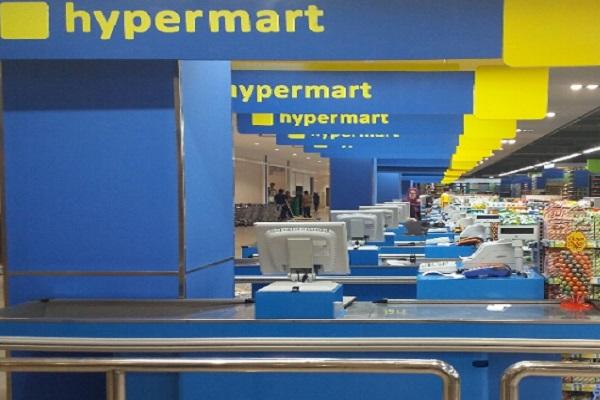 Hypermart melakukan renovasi 10 gerai dengan konsep G7 (generasi 7) atau display produk yang lebih modern. - Bisnis.com/Peni Widarti