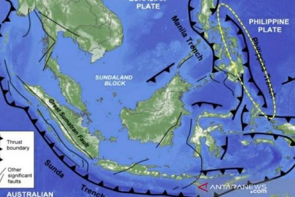 Ini 6 Gempa Besar Yang Melanda Wilayah Maluku Utara Sejak 1914 Kabar24 Bisnis Com