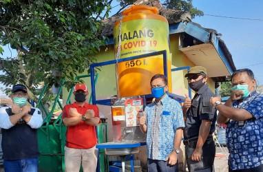 Tim Satgas BUMN Sumatra Barat Salurkan Bantuan 200 Wastafel