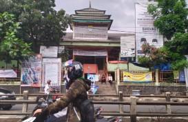 Nekat Buka Lagi, Pasar Leuwipanjang Ditutup Kembali oleh Sapol PP