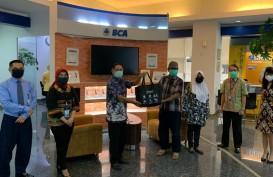 BCA & Bakti BCA Serahkan Donasi Rp1 Miliar