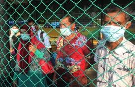 Satgas Pamtas RI-Malaysia Mengamankan 876 TKI yang Kembali Lewat Jalur Tikus