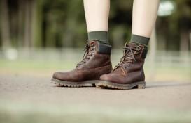 Ada Orangtua Beli Sepatu Ukuran Lebih Besar untuk Anaknya, Tepatkah?