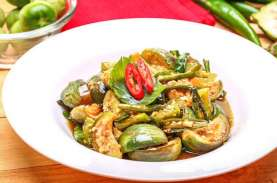 Pecinta Masakan Padang, Ini Resep Sambal Hijau Terong…