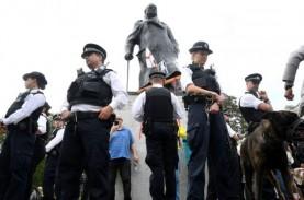 Demo Tolak Rasisme di London Ricuh, Polisi Tahan 100…