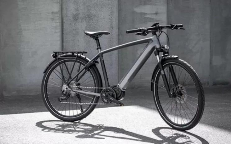 Sepeda listrik Triumph Trekker GT. - Triumph