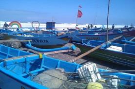 Gelombang 5 Meter Terjang Pantai Selatan, Nelayan…