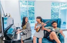 Rayakan Ulang Tahun, Naura dan Neona Buat Konser Virtual