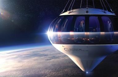 Naik Balon Udara ke Tepi Ruang Angkasa