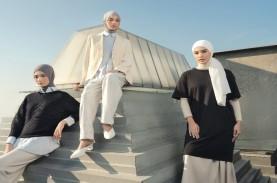 50 Inspirasi Gaya Berpakaian Hijab Kolaborasi Uniqlo…