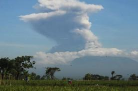 Erupsi Gunung Merapi Capai 6.000 Meter, Abu Vulkanik…