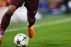 Babak Belur Industri Sepak Bola karena Corona